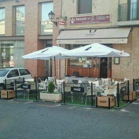 Restaurante El Penon: La terraza del peñon