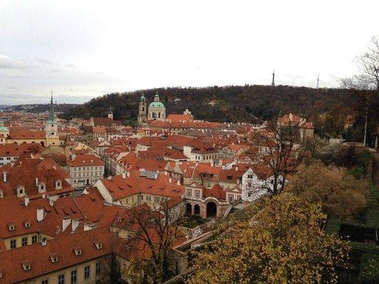 Château de Prague : Вид на город и Петршинскую башню