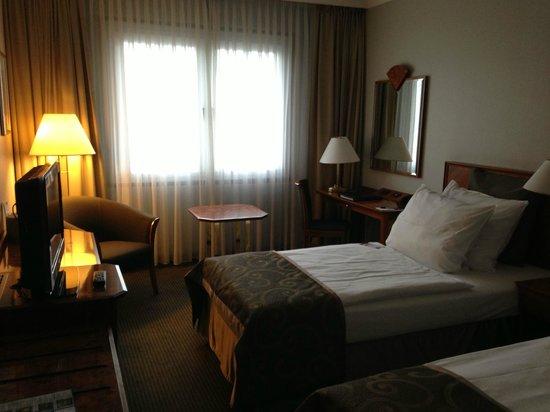 Hotel Crowne Plaza Berlin City Centre : Номер