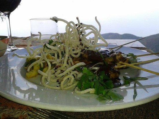 Granja Natalia: Pollo Thai en salsa de maní