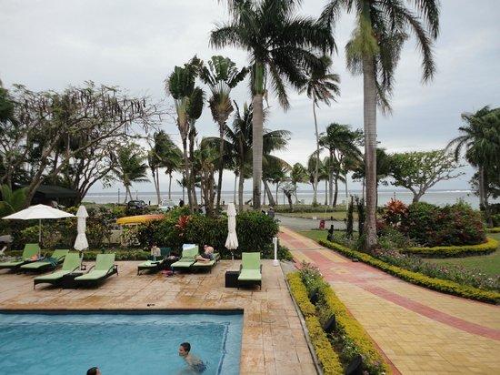 Bedarra Beach Inn: Bedarra from the rooms above the pool