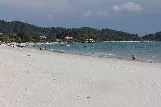Meritus Pelangi Beach Resort & Spa, Langkawi: Beach