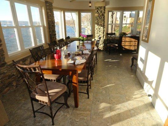 Steamboat Castle Bed & Breakfast: Breakfast