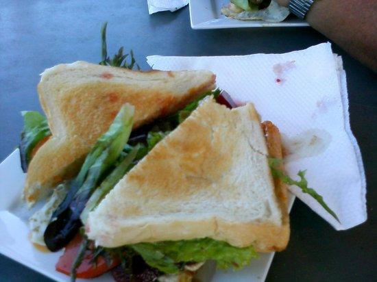 Mapleton View : Yum ! Steak sandwich