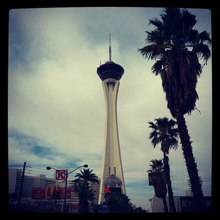 Stratosphere Hotel, Casino and Tower: Stratosphere Hotel and Casino - www.travel-couple.blogspot.com