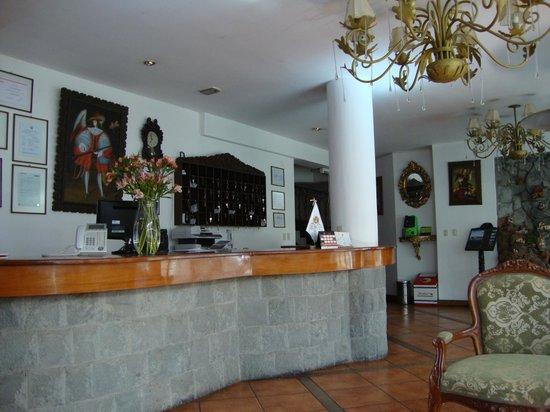 Hotel Hacienda Puno: recepcion