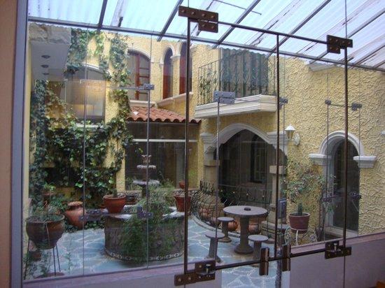 Hotel Hacienda Puno: vista del patio interno