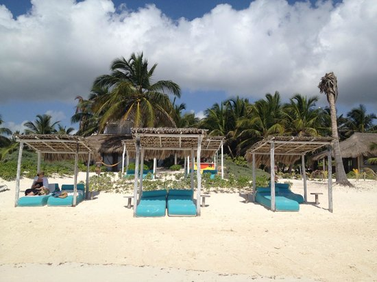 My Way Boutique Hotel: the gorgeous beach loungers