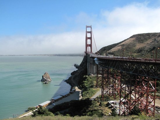 Golden Gate National Recreation Area: E vista do outro lado, aqui com Sol