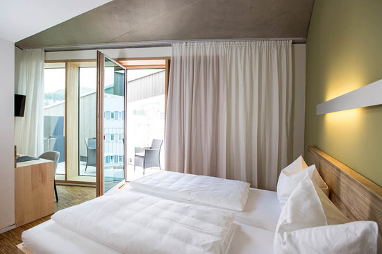 Green City Hotel Vauban Zimmer mit Balkon