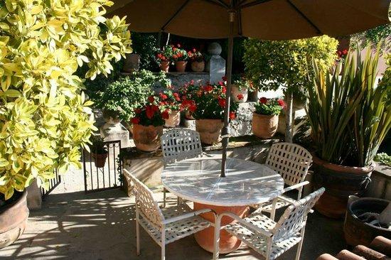 Las Terrazas San Miguel: Private patios