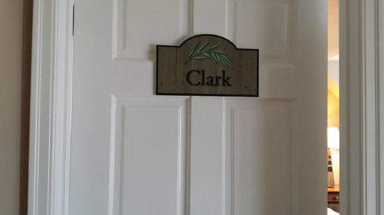 Willows Inn: Clarke Front Door