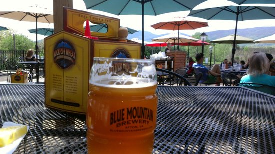 Blue Mountain Brewery patio