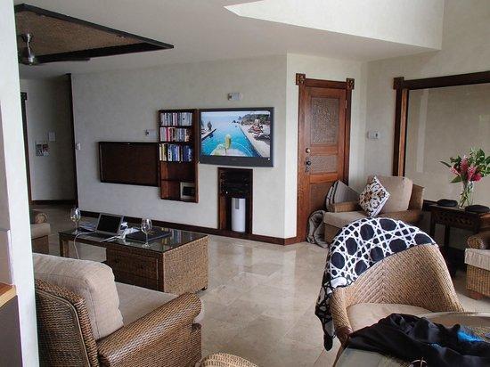 Rumours Luxury Villas and Spa: Villa lounge