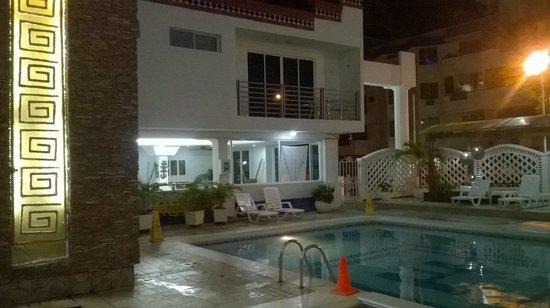 Hotel Tayrona : Zona piscina