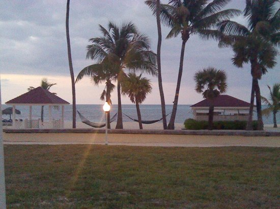 Breezes Resort & Spa Bahamas : near tennis court from swing