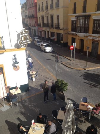 Hotel Puerta de Sevilla: Calle Puerta de la Carne, left side view from room balcony