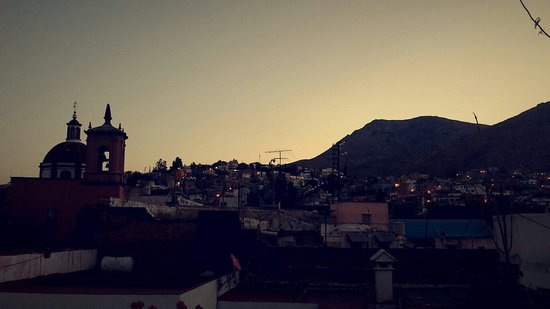 Al Son de los Santos: Another early morning view from the rooftop