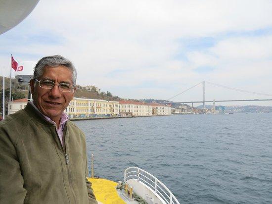 Bosphorus Strait: PAISAJE MARAVILLOSO