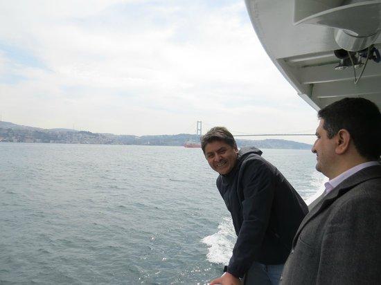 Bosphorus Strait: CAPITAN DE NAVIO