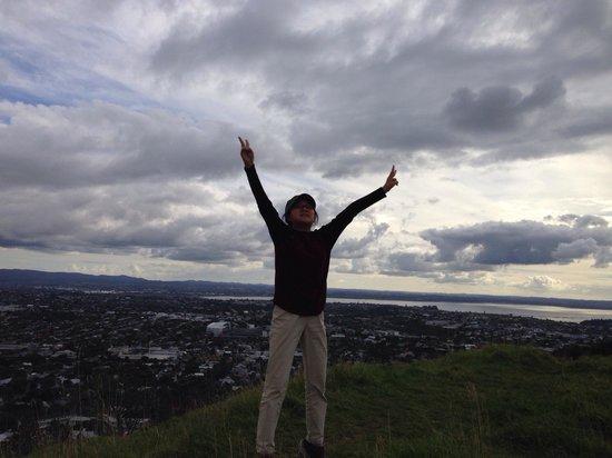 Mount Eden: jump