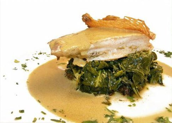 Papillon 25: Curry Snapper w Collard Greens