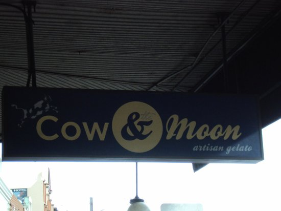 Cow and Moon Artisan Gelato: Cow & Moon Street Sign