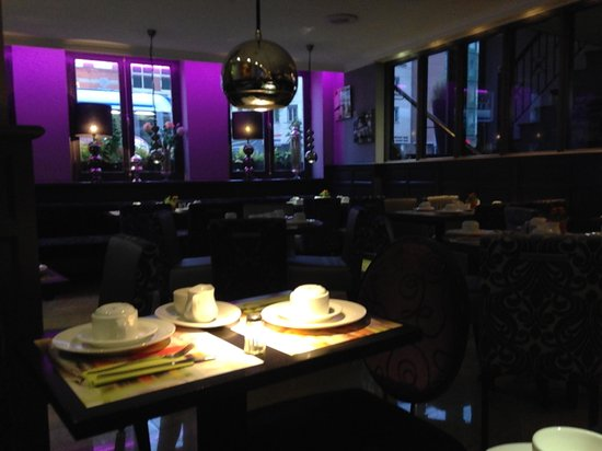 Hotel Citadel: Lobby/ Breakfast Area