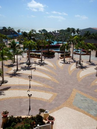 Marriott's St. Kitts Beach Club: The grounds are very well maintained