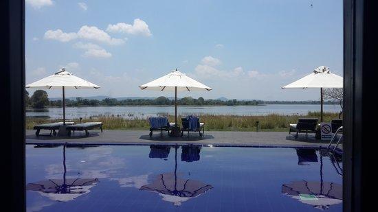 The Lake Hotel : swimming pool