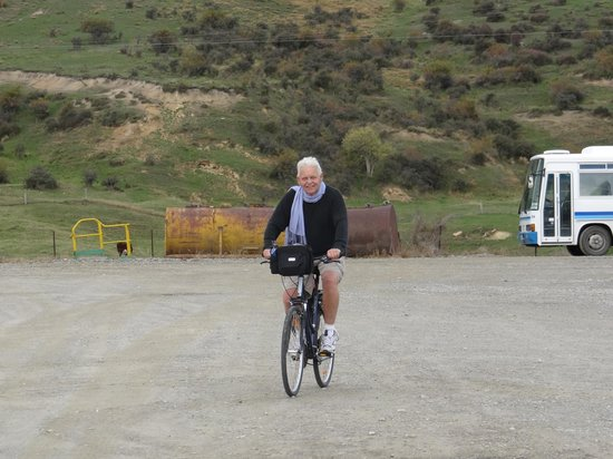 Off The Rails Cycle Tours: Practising in car park before we started.