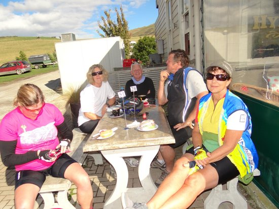 Off The Rails Cycle Tours: Friends