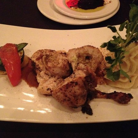 Carver's Steakhouse & Lounge : Fraser Valley Chicken