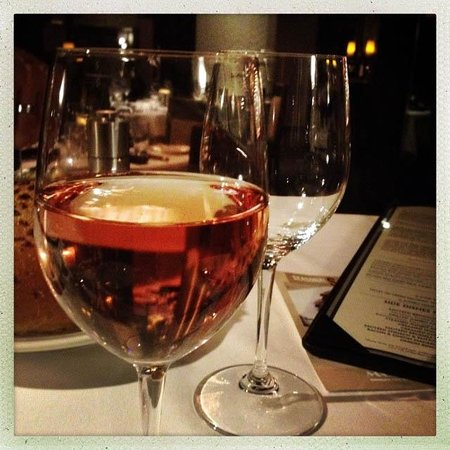 Morton's - The Steakhouse: Wines!