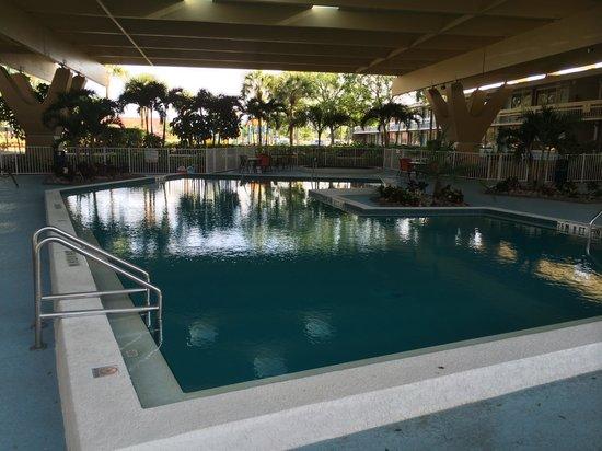 Champions World Resort: Piscina bajo techo