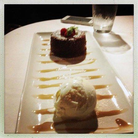 Morton's The Steakhouse: dessert.