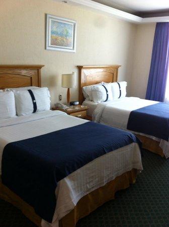 Holiday Inn Queretaro Zona Diamante: Cuarto doble ! Sin balcón
