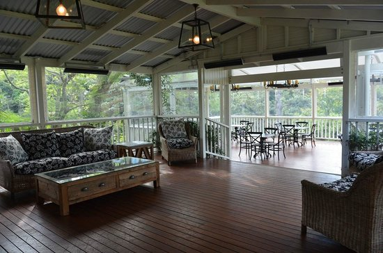 Spicers Clovelly Estate: External lounge area attached to end block