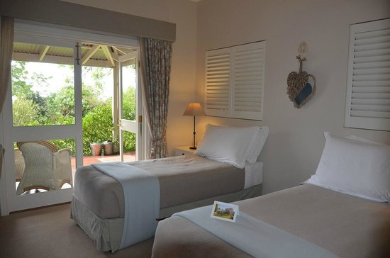 Spicers Clovelly Estate: Twin room (with ensuite) located in end block