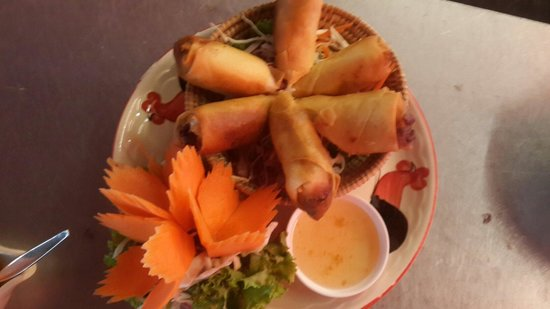 Spirit House Thai Cooking Class: Spring roll