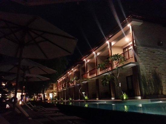 Grand Whiz Hotel Nusa Dua: Wonderful Night