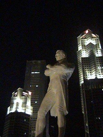 Raffles Landing Site: Sir Stamford Raffles statue