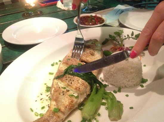 Meads Beach Bar & Grill: Whole baked Sea Bass