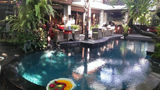 The Bali Dream Villa Seminyak : Breakfast and dining area