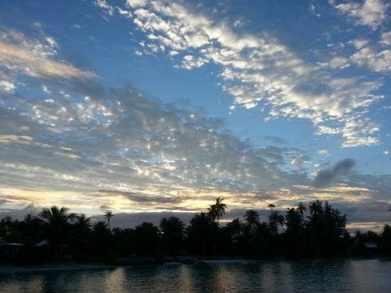 Pension Vaiama Village : le lever du soleil