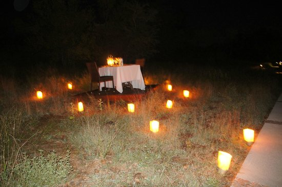 Pondoro Game Lodge: Unser Privates Candlelight-Dinner