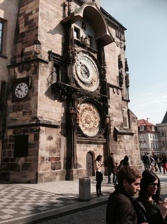 SANDEMANs NEW Prague Tours: the famous clock