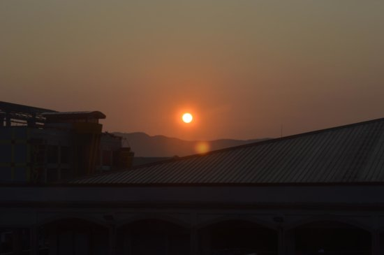 Green R Hotel: sunrise seen from the window