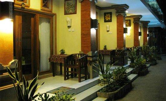 Sayang Maha Mertha : Deluxe Room_terrace
