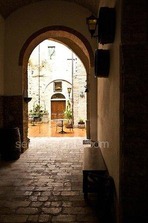 Residenza d'Epoca Palazzo Buonaccorsi: Scorcio cortile